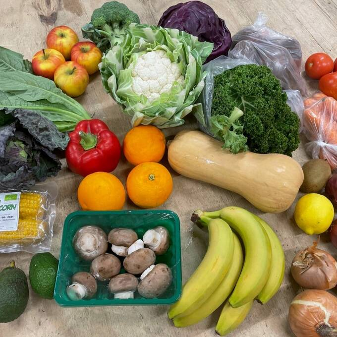Organic Mixed Fruit, Veg & Salad Box