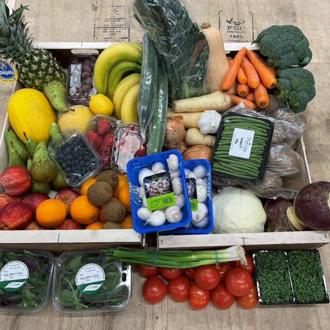 Jumbo Family Fruit, Veg & Salad Box